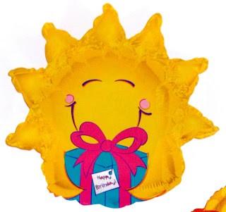 Sonne mit Geschenk Folienballon - 91cm